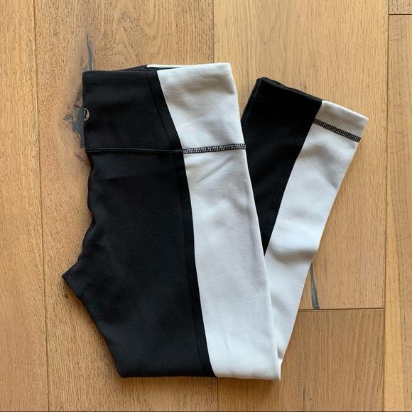 Lululemon Wunder Under crop leggings size 4